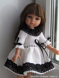Очень красивое тёплое платье для кукол Paola Reina.Связано спицами очень качественно, отделка кружево. Цена 450 руб. Комплект: тёплая шубка (двойная), / 450р