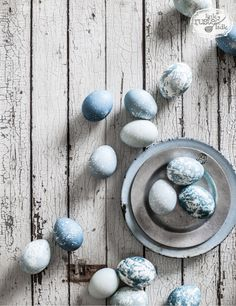 Blue, Breakfast, Easter Eggs, Entertaining, Hard Boiled Eggs, Natural Dyeing, Red Cabbage