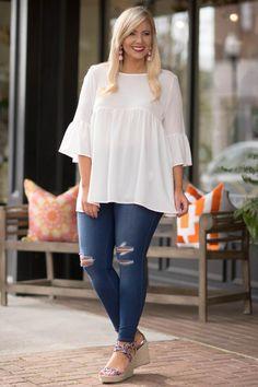 Inspire Me Top, White Engagement Photo Outfits, Engagement Photos, Wedges Outfit, White Skinnies, Abaya Style, Full Figure Fashion, Abaya Fashion, Wardrobe Ideas, Full Figured