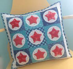 Bee In My Bonnet: Super Star Pillow Tutorial!!