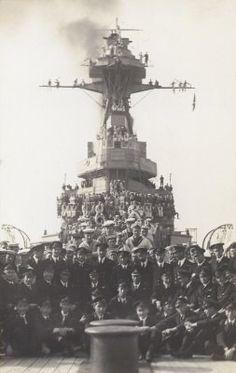 Crew of HMS Tiger.