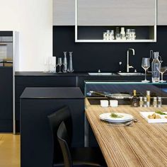 Best of #KBIS2015: Must-Have: The Detailed Perfection Of A Poggenpohl Kitchen / P'7350 Design by Porsche Design Studio |  Modenus' #BlogTourVegas | Image via: Poggenpohl.com