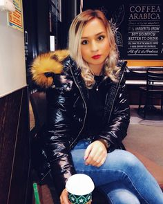 Puffer Coat With Fur, Fox Fur Coat, Down Suit, Winter Suit, Puffy Jacket, Trendy Fashion, Womens Fashion, Fashion Heels, Jacket Style