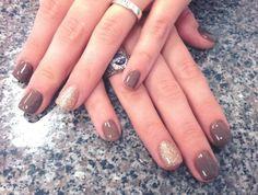 I LOVE colors like this for Fall/Winter! #WinterNails #FallNails #NailArt #Manicure