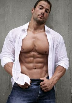 Picture found on : http://musclesworship.tumblr.com/  #sexy