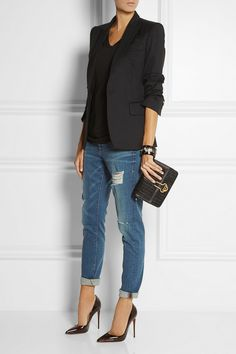 Men& black blazer, black v-neck t-shirt, blue ripped boyfriend jeans . - Outfit: Black blazer, T-shirt with black v-neck, Ripped boyfriend jeans in blue mari… – - Mode Outfits, Stylish Outfits, Fashion Outfits, Fashion Heels, Office Outfits, Heels Outfits, Fasion, Classic Outfits, Jean Outfits