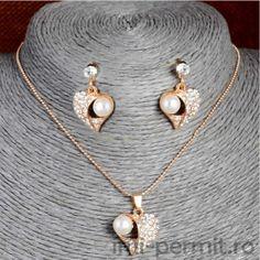 Set bijuterii format din lant cu medalion si pereche cercei
