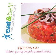 EATBEFIT.PL  PRZEPIS NA... #Tatar z suszonych pomidorów i cukinii  Dziś przedstawiamy Wam przepis na warzywną wersję tatara  Świetnie sprawdza się jako dodatek do pieczywa! Spróbujcie przygotować go w domu. Gwarantujemy, że zagości na Waszym stole jeszcze nie raz  1 porcja zawiera ok. 70 kcal (bez pieczywa) SKŁADNIKI na 4 porcje: * 100 g suszonych pomidorów w oleju * mała cukinia * 2 łyżeczki oliwy * szalotka * łyżeczka octu winnego * łyżka octu balsamicznego * 1-2 łyżki szczypio...