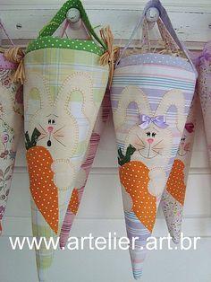 Cones de Tecido - Lembrança de Páscoa by Marlore e Maisa, via Flickr