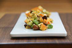 Persimon,Mango – Avocado Salat mit Chiasamen – Gesunder Superfood Salat für den Winter Fruit Recipes, Healthy Recipes, Healthy Food, Superfood, Avocado Salat, Mango, Food And Drink, Winter, Travel