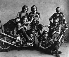 Atrapados por la imagen: FOTOS ICONICAS: La tribu de la moto