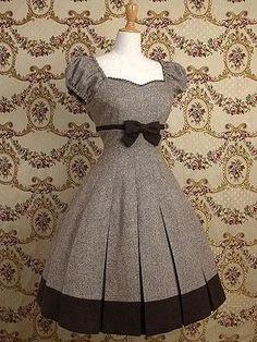 Set Fashion, Lolita Fashion, Fashion Dresses, Vintage Fashion, Pretty Outfits, Pretty Dresses, Beautiful Dresses, Cute Outfits, Vestidos Vintage