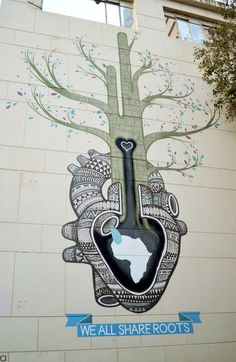 Artist: BoaMistura  Location: Cape Town - City Bowl  Photo: Carole Moreau - Street Art in Cape Town