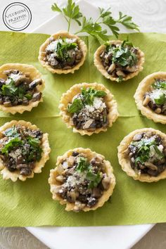 Spanakopita, Food And Drink, Ethnic Recipes, Impreza, Easter, Cook, Tarts, Cooking
