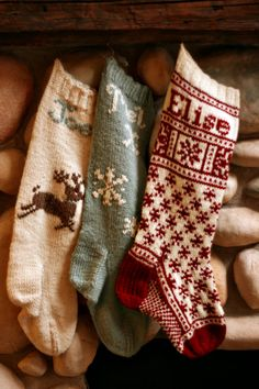 Other cute Christmas Stockings here too - French Press Knits: Christmas Stockings