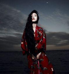 Zhang Xin Yuan - China mood