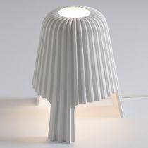 Lampe de table / design original / en céramique / blanche