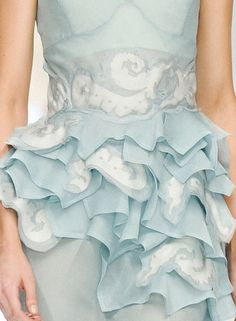 panthera-aquarius: Ice blue couture Can you imagine how beautiful your wedding would be with your maid-of-honor in this? Love Blue, Blue And White, Glamorous Chic Life, Bleu Pale, Blue Fashion, Dress Fashion, High Fashion, Fashion Details, Beautiful Outfits