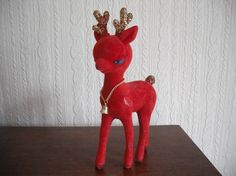 @Mia Calciano..Grandma's kitsch reindeer ?? ;)