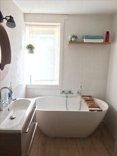 Small bathroom wood