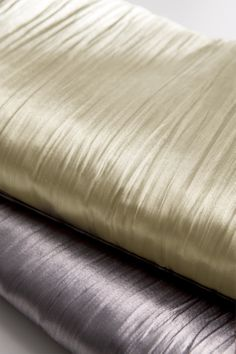 https://i.pinimg.com/236x/b9/09/0e/b9090e44a62265e981711b788512273c--curtain-fabric-curtains.jpg