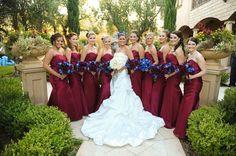 Red wedding bridesmaid dresses~~~Boda a la Moda~~~ Maroon Wedding, Burgundy Wedding, Wedding Bells, Fall Wedding, Cranberry Wedding, Wedding Color Schemes, Wedding Colors, Wedding Flowers, Bridesmaid Dresses