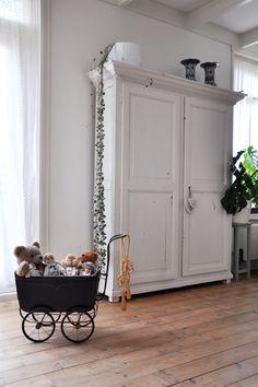 Kast in de woonkamer van Ank #binnenkijken