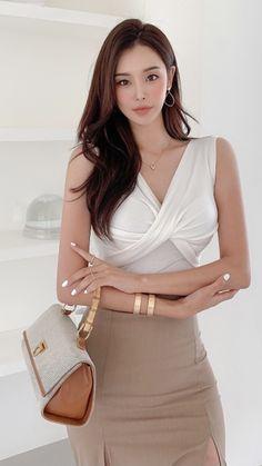Asian Model Girl, Asian Woman, Korean, Women's Fashion, Park, Girls, Beauty, Women