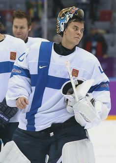 Tuukka Rask playing for team Finland in Sochi.