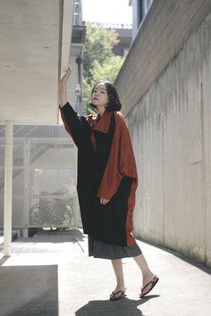 [Street Style] kanoco | Model | Shibuya (Tokyo) Asian Street Style, Tokyo Street Style, Japanese Street Fashion, Tokyo Fashion, Harajuku Fashion, Asian Style, Girl Short Hair, Short Girls, Japanese Outfits