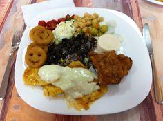 Comida com o bom tempero Italiano (Galeto Feltrin - Farroupilha RS - Brasil) (Italian Food) (foto by @Luis Tamiosso (luccks))