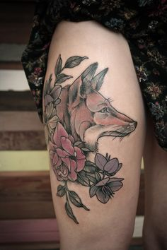 Kirsten Holliday fox and flowers tattoo love