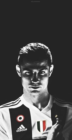 It& from juventus Cristiano Ronaldo Cr7, Cr7 Messi, Cristino Ronaldo, Ronaldo Football, Best Football Players, Soccer Players, Cr7 Juventus, Zinedine Zidane, Cristiano Ronaldo Hd Wallpapers
