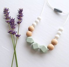 Baby must haves diy mom Ideas Teething Necklace For Mom, Mommy Necklace, Stocking Stuffers For Baby, Baby Girl Crochet, Baby Teethers, Baby Crafts, Baby Accessories, New Baby Products, Diy Baby