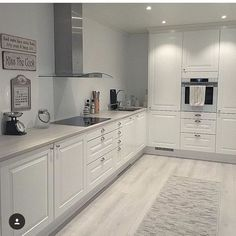 39 What You Need to Do About Modern Kitchen Cabinet Design Ideas - walmartbytes Modern Kitchen Cabinet Design, Kitchen Design Small, Kitchen Remodel Small, Kitchen Design, Modern Kitchen Room, Kitchen Cabinet Design, Home Decor Kitchen, Kitchen Room Design, Kitchen Interior