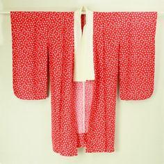 Red small sakura pattern, nagajuban / 十三参りの晴れ着に! 赤地 小桜柄 化繊長襦袢   #Kimono #Japan  http://www.rakuten.co.jp/aiyama/