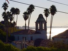 Morning in Santa Cruz. Ready for another day of learning massage. #naturalfacelift #ottawa #holisticaesthetics