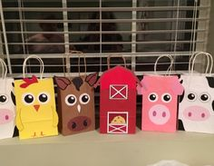 Barnyard Party Bags/ Barnyard Birthday Party Bags/ Farm Animals Party Bags/ Farm Animals Favor Bags/ Barnyard Party theme Favors/ Supplies - Source by Farm Animal Party, Farm Animal Birthday, Barnyard Party, Farm Birthday, Farm Party, Birthday Party Favors, 2nd Birthday Parties, Birthday Games, Party Gift Bags