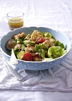 Unser beliebtes Rezept für Avocado-Salat mit Garnelen und mehr als 55.000 weitere kostenlose Rezepte auf LECKER.de.