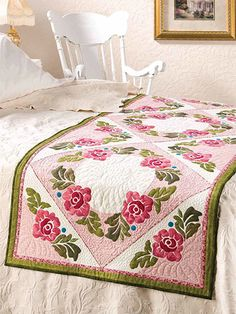 Quilting - Bed Quilt Patterns - Runner Patterns - Roses Around Victorian Bed Topper Bed Runner, Victorian Bed, Victorian Flowers, Bed Quilt Patterns, Country Bedding, Flower Quilts, Quilted Table Runners, Rose Cottage, Quilt Bedding