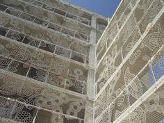 building_facade  dentelle urbaine/collectif textile