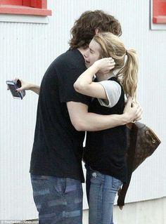 Pobre Emma,pero Evan siempre estará ahí para ella