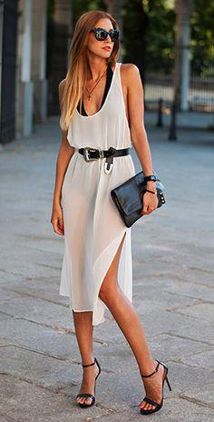 เข็มขัด H&M, เดรสสีขาว Zara, บอดี้สูทสีดำ American Apparel, รองเท้า Zara, กระเป๋า Marc by Marc Jacobs