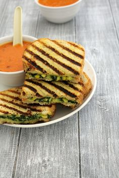 Spinach corn sandwich recipe - grilled sandwich with creamy, cheesy filling made from boiled corn kernels and chopped spinach. Corn Sandwich, Sandwich Fillings, Grilled Sandwich, Breakfast For Dinner, Breakfast Recipes, Dinner Recipes, Rice Recipes, Cooking Recipes, Vegetarian Sandwich Recipes