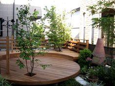 ガーデン施工事例 / ウッド、噴水、シンボルツリー、物干し台、円形デッキ