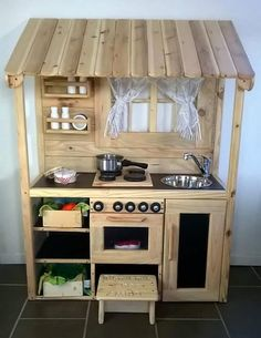 37 Creative DIY Pallet Ideas for Kitchen Outdoor 37 Creative DIY Pallet Ideas for Kitchen Outdoor DIY grill island is a great outdoor kitchen. lovely pallet look that is certain to coincide. Mud Kitchen For Kids, Diy Play Kitchen, Diy Outdoor Kitchen, Toy Kitchen, Kitchen Decor, Pallet Ideas Easy, Diy Pallet Projects, Diy Ideas, Wooden Pallets