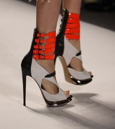 Well now, stilettos with built-in ankle supports...maybe I can walk in these. (Prabal Gurung)