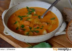 Frankfurtská polévka s brambory, mlékem a smetanou No Salt Recipes, Soup Recipes, Cooking Recipes, Thai Red Curry, Ham, Food And Drink, Yummy Food, Baking, Dinner
