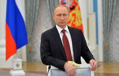 Путин наградил орденом Мужества военных медиков, погибших и пострадавших в Сирии   8 декабря, 15:13 дата обновления: 8 декабря, 15:21   http://tass.ru/obschestvo/3853863