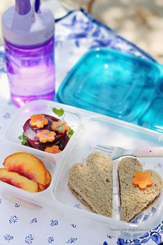 Tips and ideas for healthy, fun, and easy lunchboxes for preschool on up!